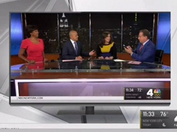 В США телеведущая начала рожать в прямом эфире
