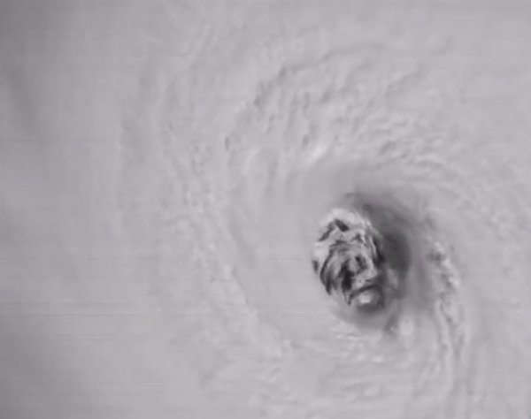 """Видео урагана """"Ирма"""" из космоса выглядит ужасающим"""