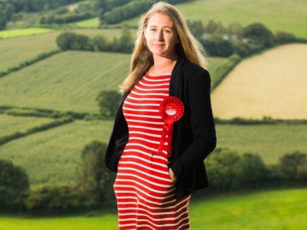 В Англии женщина-политик получила от конкурента провокационное фото