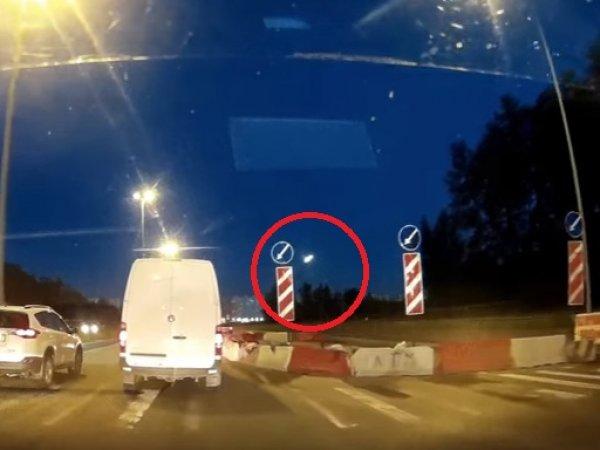 На YouTube появилось ВИДЕО падения метеорита в Санкт-Петербурге