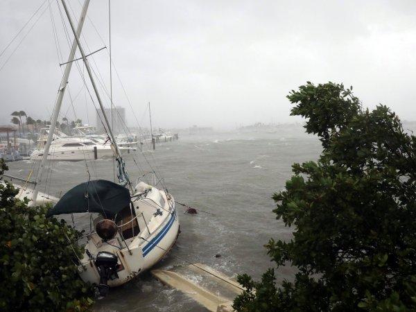 "Ураган ""Ирма"" ""забрал с собой океан"" с пляжа Багамских островов (ФОТО, ВИДЕО)"