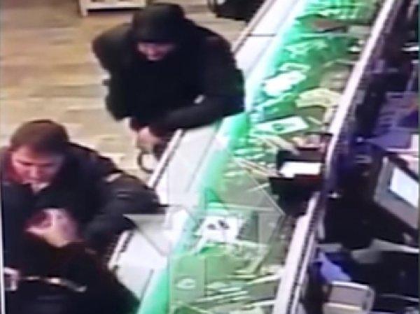 В сети появилось видео смертельной перестрелки в ресторане Армавира