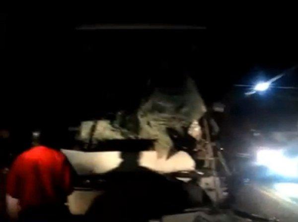 В жутком ДТП под Ярославлем с автобусом пострадали 16 детей