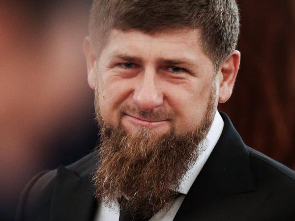 Кадыров рассказал, кто получит iPhone X за лучшее стихотворение о Путине
