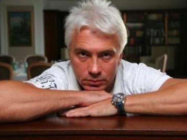 СМИ: красноярские чиновники потеряли урну с прахом Дмитрия Хворостовского