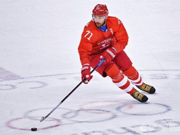 """""""Если клюшкой не покалечите"""": Путин принял приглашение Ковальчука сыграть в хоккей"""
