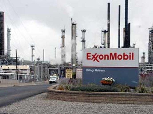 """Exxon Mobil из-за санкций выходит из проектов с """"Роснефтью"""""""