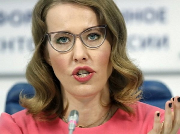 Предвыборный сайт Собчак взломали, разместив фото Жириновского