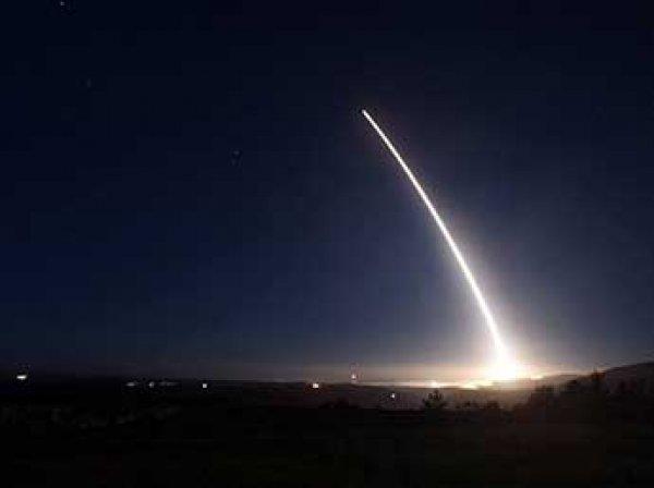 В Сеть попало видео запуска в США межконтинентальной ракеты Minuteman III