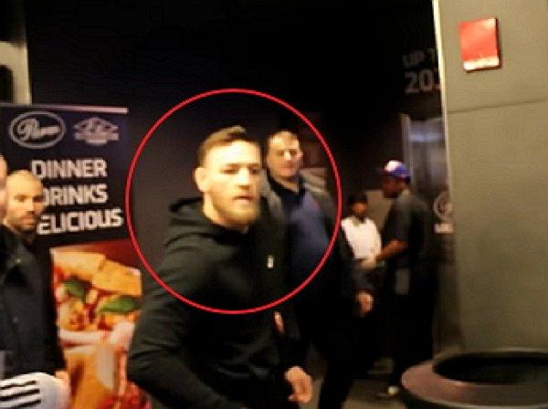 На YouTube появилось видео нападения Макгрегора на автобус Нурмагомедова