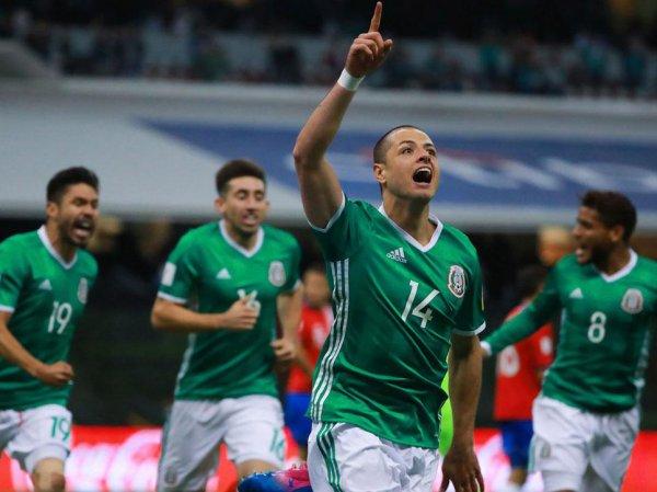 СМИ: сборная Мексики по футболу устроила оргию с 30 проститутками перед вылетом на ЧМ-2018