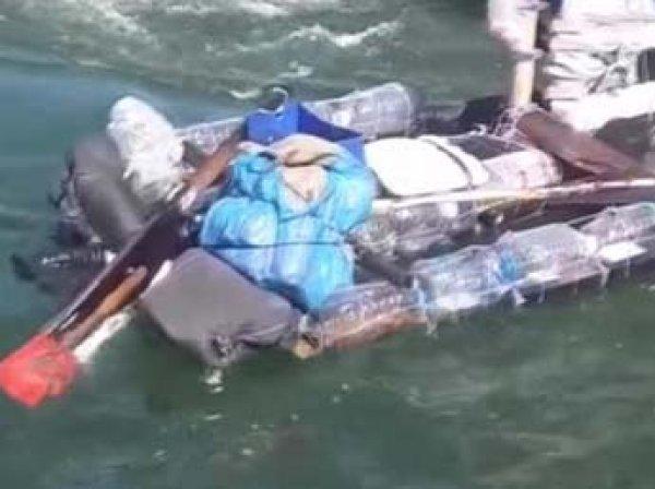 Турист пытался попасть из Украины в Крым на плоту из досок и бутылок