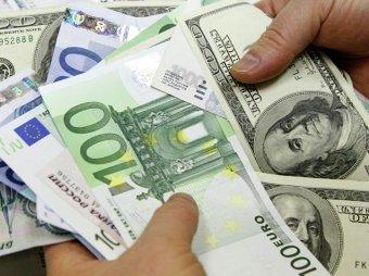 Курс доллара на сегодня, 24 августа 2018: Сбербанк ухудшил прогноз по курсу доллара на 2018 год