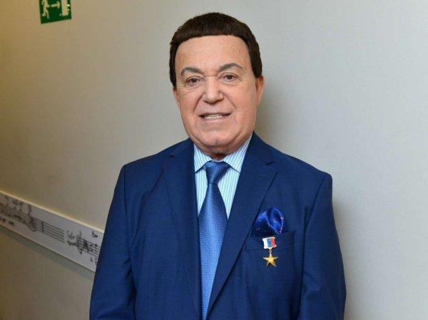Ведущий Березин рассказал о заветах Кобзона, а СМИ вспомнили, как певец чуть не стал зятем Брежнева