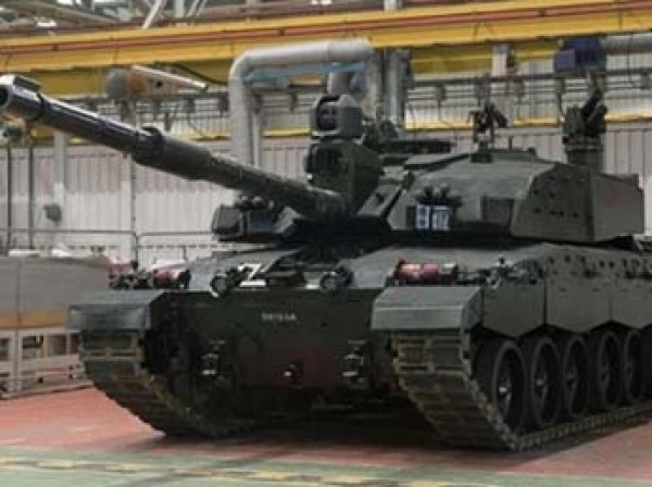 """Британский танк """"Черная ночь"""" назвали убийцей российской """"Арматы"""""""