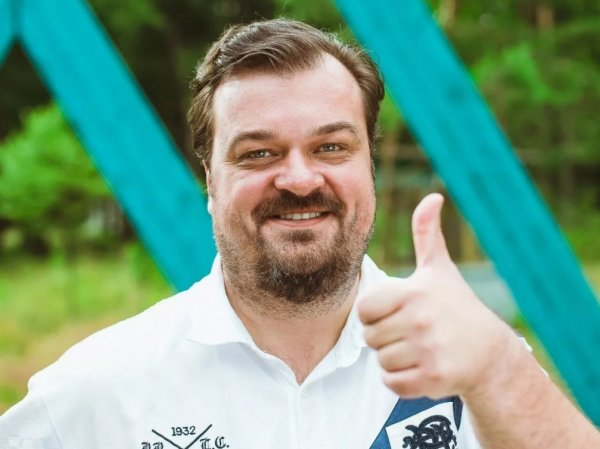 Уткин признался, что привозил путан на базу сборной России
