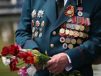 Госдума пошла против воли Путина, заморозив обещанный им рост пенсий