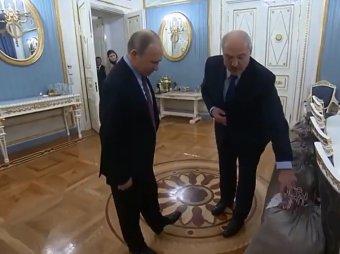 Это вот для пюре и драников: Лукашенко удивил Путина оригинальным подарком
