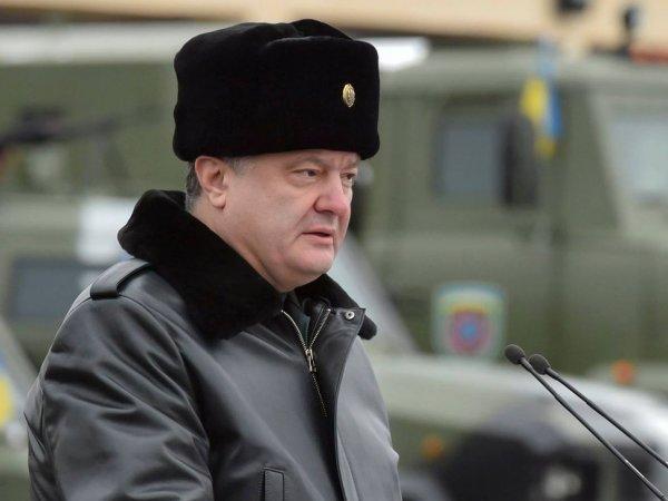 "Порошенко объявил Путину о ""войне"" из-за Керченского инцидента"