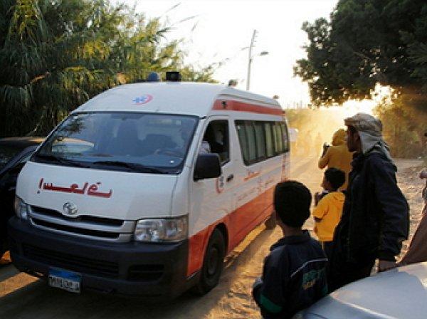 В Египте у пирамид взорвался автобус с туристами: есть жертвы