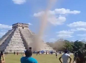 Нибиру шлет зловещие знаки: мистический торнадо в Мексике и жуткий НЛО вызвали панику в Сети (ВИДЕО)