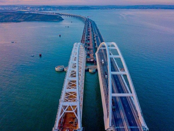 Крымский мост хотят разобрать ради спасения Азовского моря