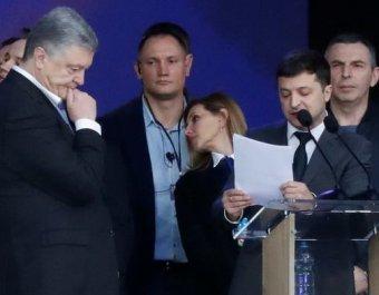 Где мова, Володимир?!: фото Зеленского со шпаргалкой на русском развеселила соцсети