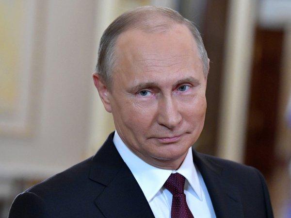 В Кремле объяснили, почему Путин не поздравил Зеленского