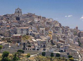 В Италии сотни домов продают по 1 евро