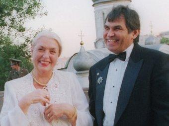А кто третий?: постельное фото Алибасова и Федосеевой-Шукшиной взбудоражило Сеть