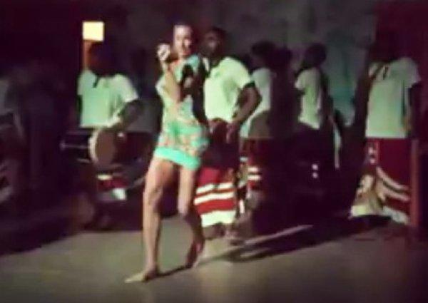 """""""Вызывайте врача, у нее паралич"""": нелепые танцы Волочковой на дискотеке развеселили Сеть (ВИДЕО)"""