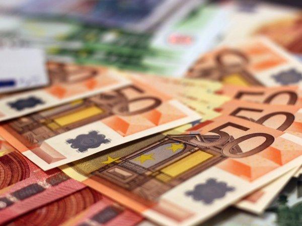 Курс доллара и евро на сегодня, 24 мая 2019: евро по 69 рублей пообещали эксперты