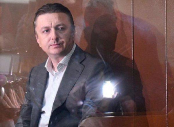 «Секс у нас был, но кто убил не знаю»: обвиняемый в убийстве экс-глава Раменского района предоставил алиби