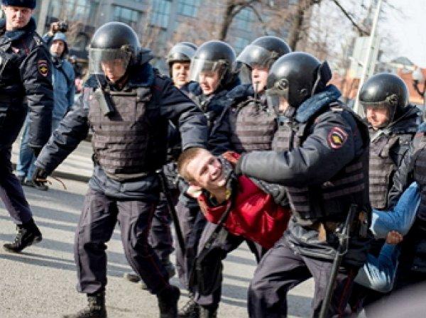 Митинг в Москве 27 июля 2019: полиция и СКР провели массовые обыски и задержания