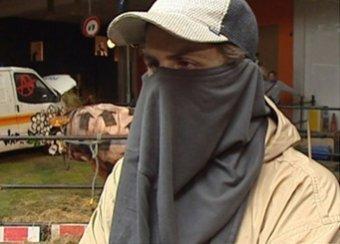 СМИ обнаружили на видео архивное интервью с таинственным Бэнкси