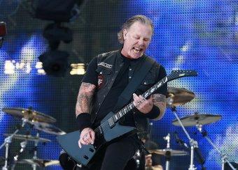 Metallica спела Группу крови Виктора Цоя в Лужниках (ВИДЕО)
