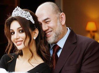 Мисс Москва и экс-король Малайзии отреагировали на слухи о разводе, опубликовав видео