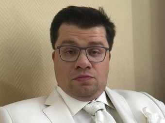 Сегодня в Майами, завтра в Америку: Гарик Харламов показал идеальную невесту (ВИДЕО)
