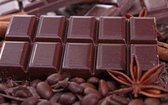 Медики назвали безвредную норму шоколада
