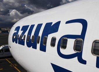 ЧП: летевший в Москву самолет AzurAir сломался во время полета