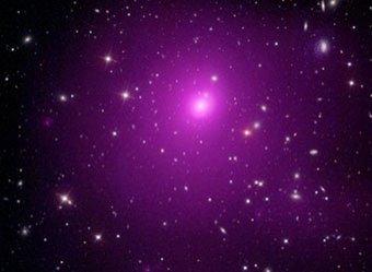 Ученые обнаружили пугающую и громадную чёрную дыру размером в несколько Солнечных систем