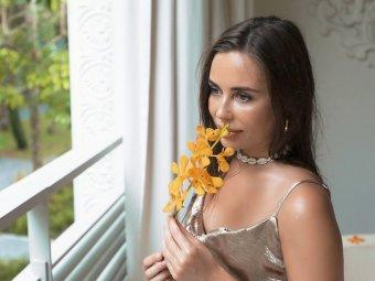 Сама нежность: звезда Уральских пельменей Юлия Михалкова восхитила фанатов женственным фото