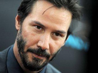 Ирокез, густая борода и пузо: Киану Ривз шокировал фанатов новым образом