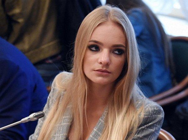 """""""Все не так, как выглядит"""": дочь Пескова забанили за Instagram пост о попытке госпереворота в приговоре Устинову"""