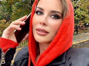 Зубы - ужас!: Михалкова из Уральских пельменей шокировала Сеть лошадиной улыбкой (ФОТО)