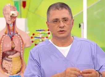 Доктор Мясников назвал незаметные симптомы рака на теле человека