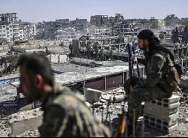 Турция ввела войска в Сирию, курды объявили мобилизацию (ВИДЕО)