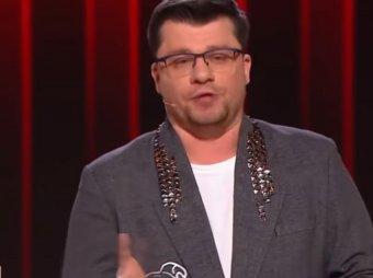 Откинулись две звезды: Гарик Харламов шокировал Кристину Асмус со сцены Comedy Club (ВИДЕО)