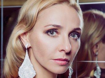 Та самая дверь: Татьяна Навка ошарашила Сеть фотосессией в Кремле (ФОТО)