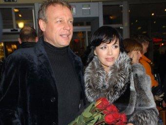 Что-то в ней было фальшиво: СМИ узнали нелицеприятные детали романа Жигунова с Заворотнюк